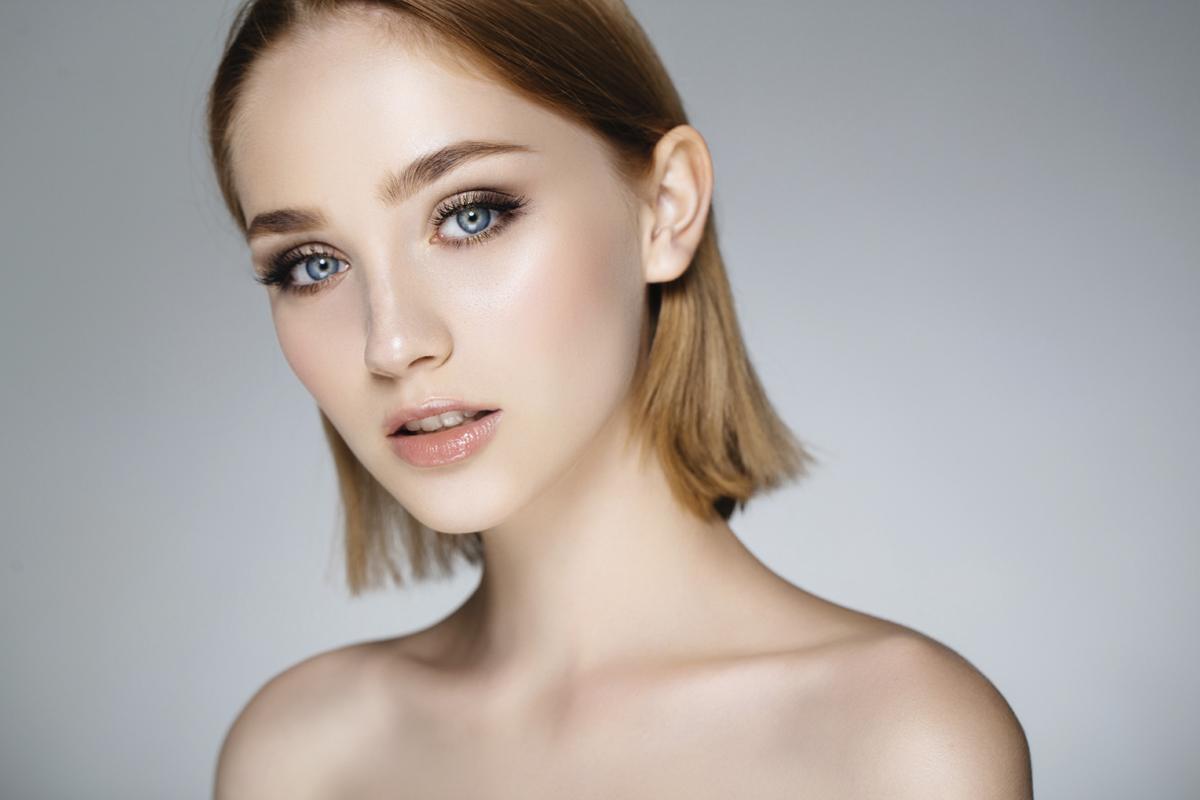makijaz-niebieskich-oczu